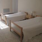 Chambre 3 lits - gîte Poujol