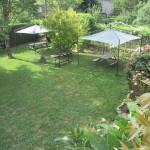 Vue sur espace jardin – gîte Poujol